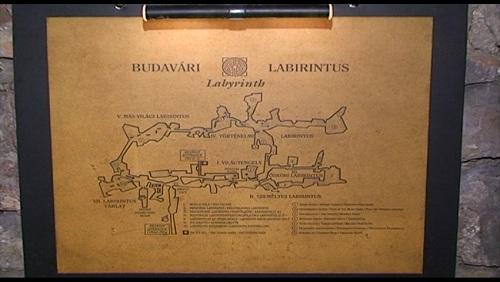 Höhlen-Labyrinth in Budapest - Foto: Flying Media