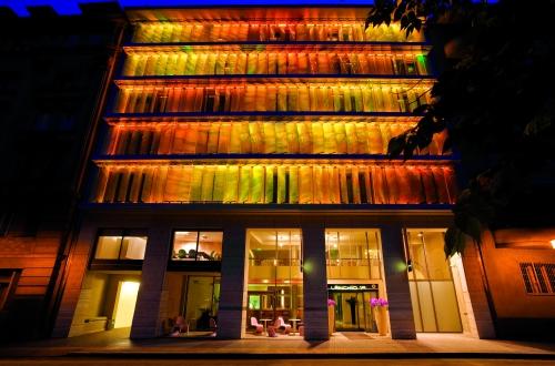 Hoteltip das designhotel lanchid 19 budapest trendy for Design hotel ungarn