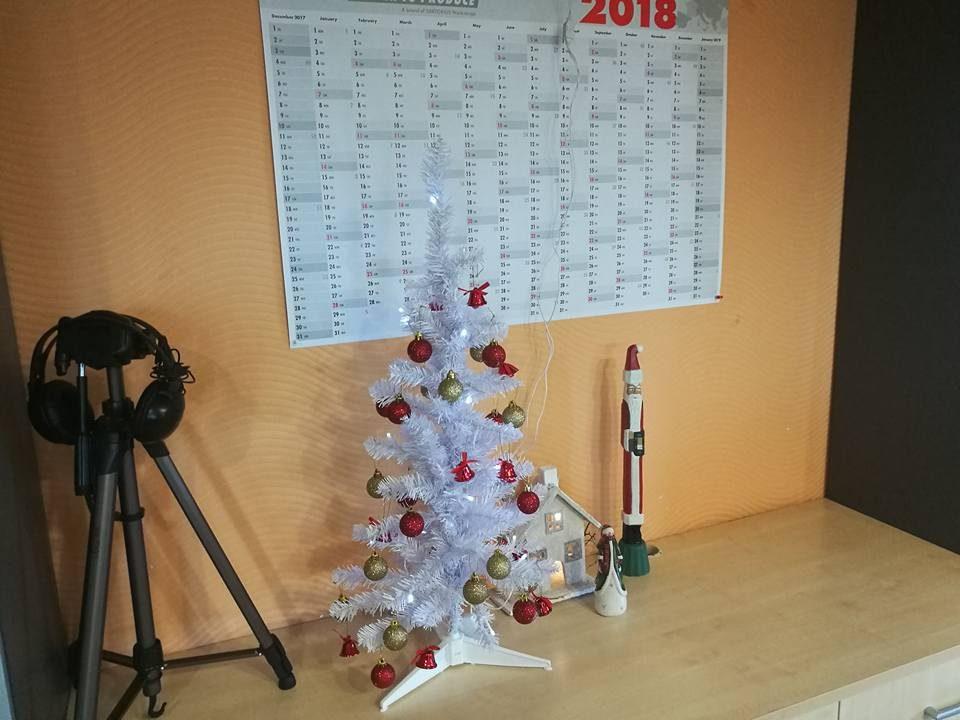 Weihnachtsbaum – Trend bleibt wohl bei bunt-fröhlich | Ungarn-TV.com ...