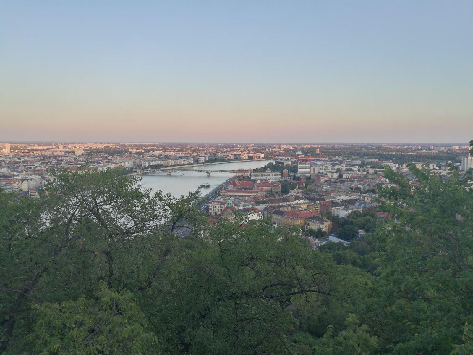 Ungarisch Lernen Lektion 2 So Begrüßt Man Sich In Ungarn