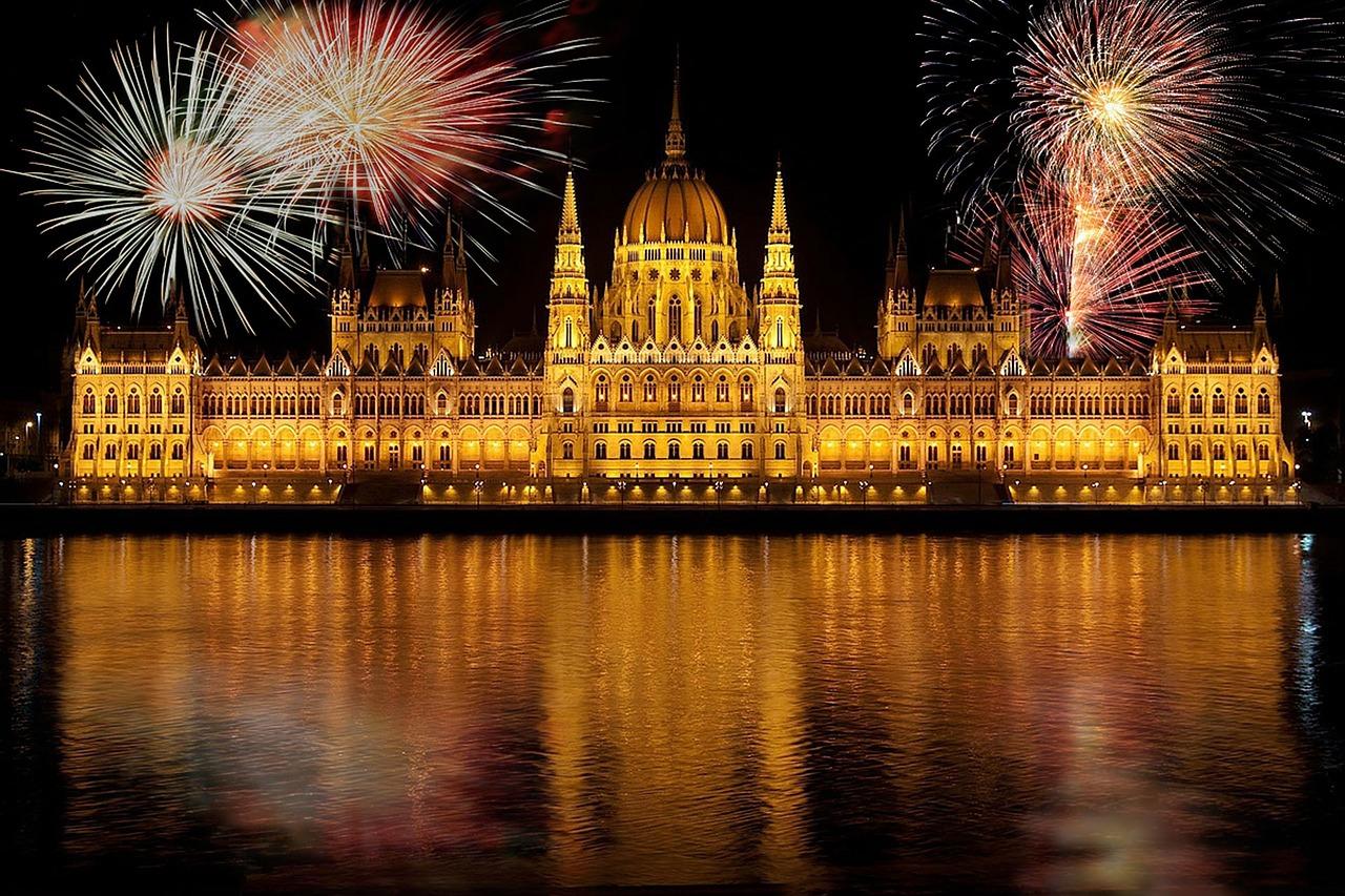 Frohe Weihnachten Ungarisch.Guten Rutsch So Sagt Man Es Auf Ungarisch Ungarn Tv Com